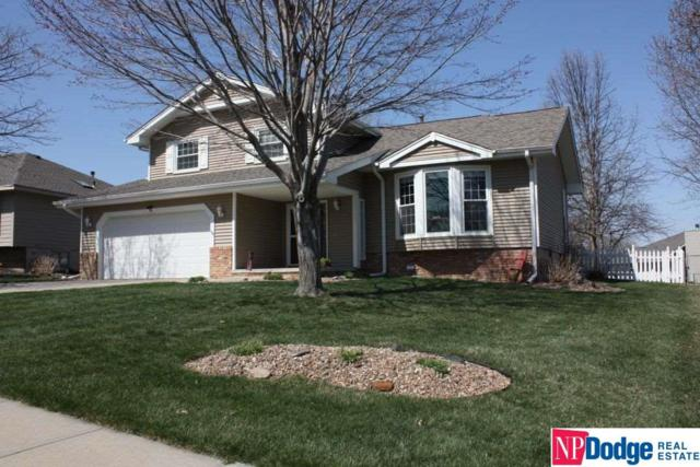 916 Haverford Drive, Papillion, NE 68046 (MLS #21806575) :: The Briley Team