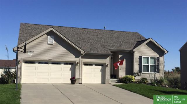 10909 S 111th Street, Papillion, NE 68046 (MLS #21808916) :: Complete Real Estate Group