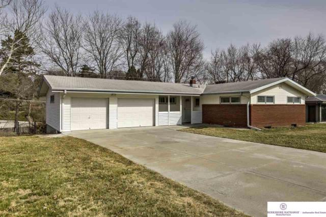 2723 S 102 Street, Omaha, NE 68124 (MLS #21810597) :: The Briley Team