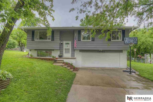 13720 Madison Circle, Omaha, NE 68137 (MLS #21811043) :: The Briley Team