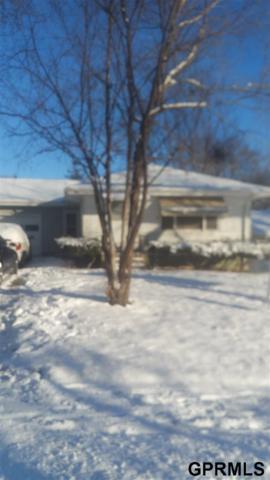 4521 N 55 Street, Omaha, NE 68104 (MLS #21811934) :: Nebraska Home Sales