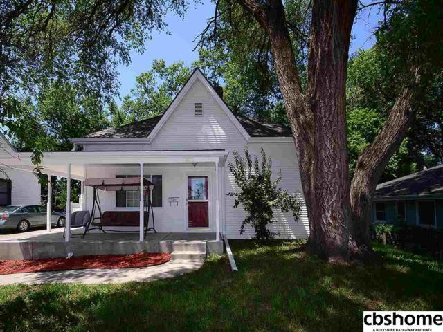 2524 S 48th Street, Omaha, NE 68106 (MLS #21812213) :: Omaha's Elite Real Estate Group