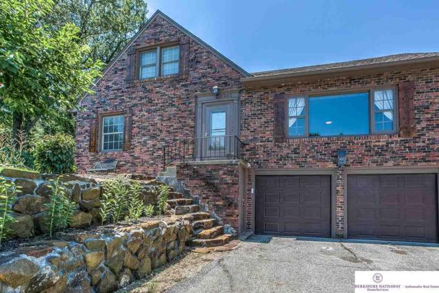 462 S 84th Street, Omaha, NE 68114 (MLS #21812246) :: Omaha's Elite Real Estate Group