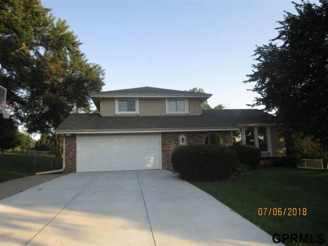 4839 Lockwood Circle, Omaha, NE 68152 (MLS #21812284) :: Omaha's Elite Real Estate Group