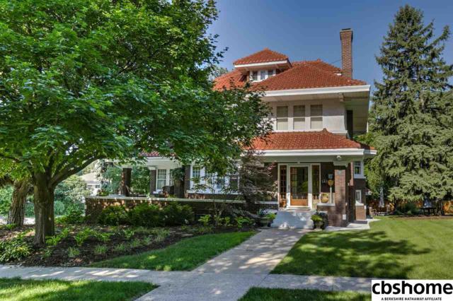 102 N 53 Street, Omaha, NE 68132 (MLS #21812463) :: Nebraska Home Sales