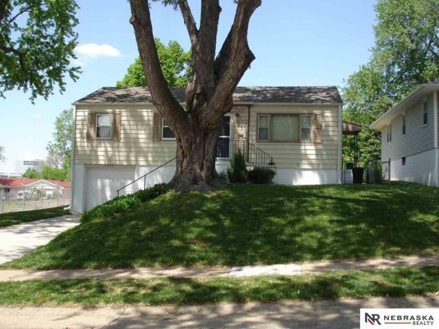 6226 Elm Street, Omaha, NE 68106 (MLS #21812907) :: Omaha's Elite Real Estate Group