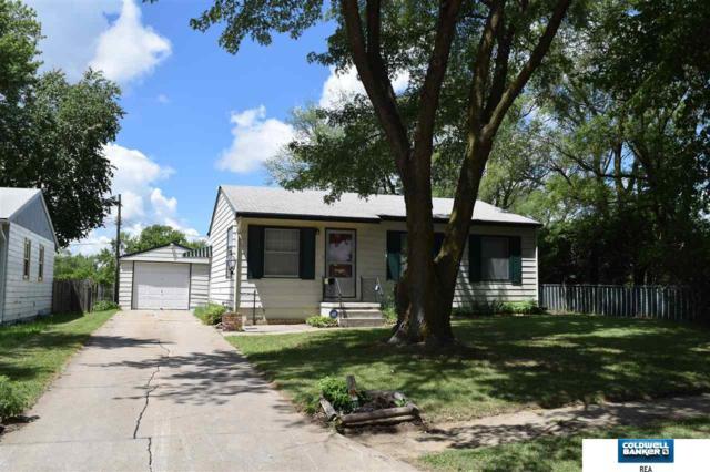 6616 N 46 Avenue, Omaha, NE 68152 (MLS #21813023) :: Complete Real Estate Group