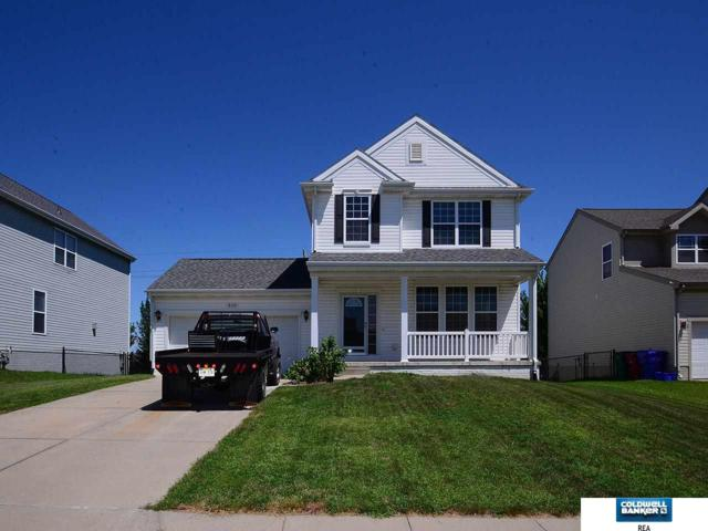 910 Port Royal Drive, Papillion, NE 68046 (MLS #21813077) :: Complete Real Estate Group