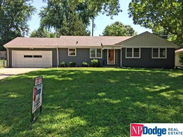 775 N 73 Street, Omaha, NE 68114 (MLS #21813215) :: Nebraska Home Sales