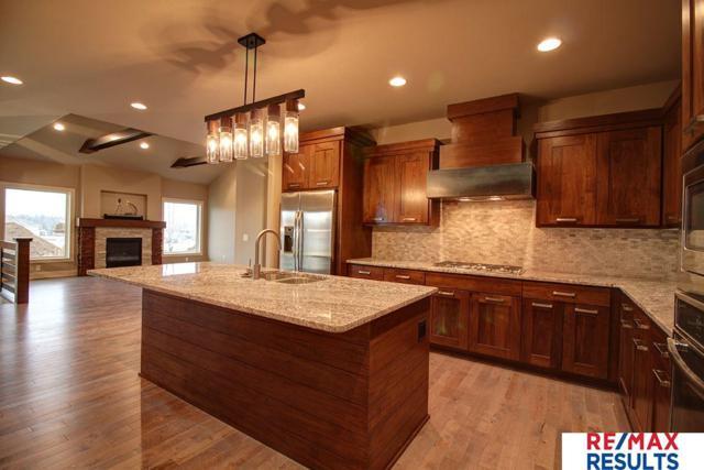 21965 Brookside Avenue, Elkhorn, NE 68022 (MLS #21814141) :: Omaha Real Estate Group