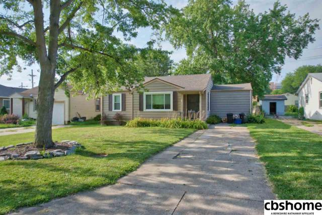 8307 California Street, Omaha, NE 68114 (MLS #21814329) :: Omaha's Elite Real Estate Group