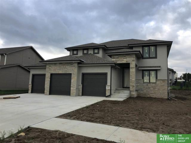 610 Devonshire Drive, Gretna, NE 68028 (MLS #21816401) :: The Briley Team