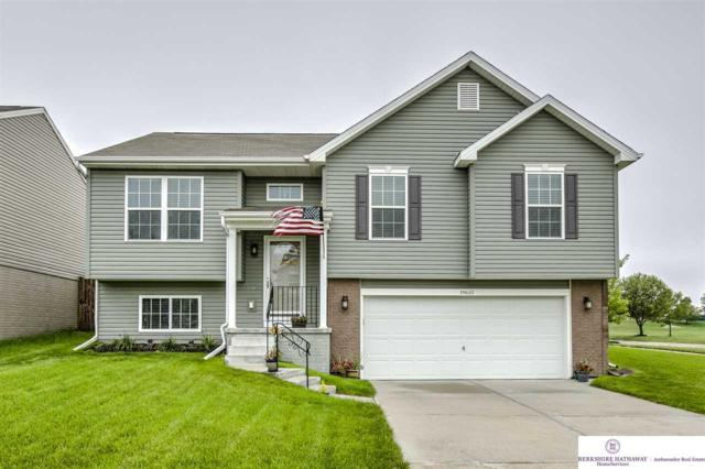 19635 T Street, Omaha, NE 68135 (MLS #21816655) :: Omaha's Elite Real Estate Group