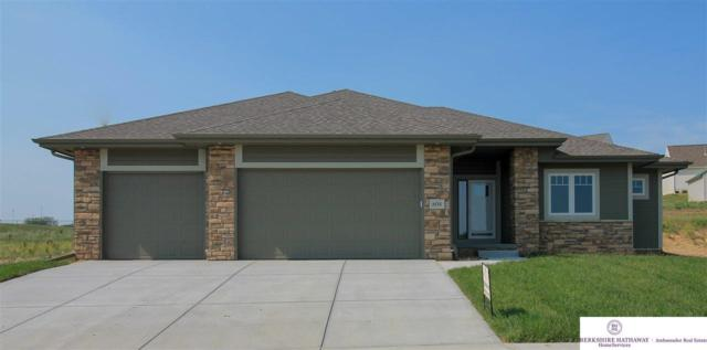 604 Brentwood Drive, Gretna, NE 68028 (MLS #21816687) :: The Briley Team