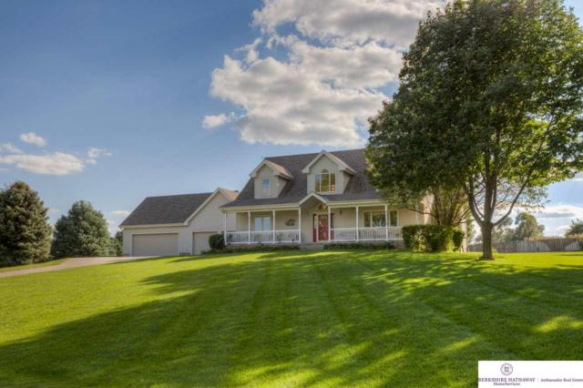 20203 Pearl Drive, Gretna, NE 68028 (MLS #21816898) :: Omaha Real Estate Group