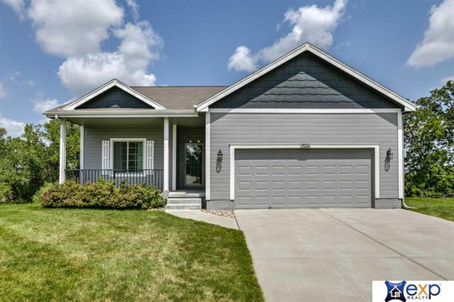 7124 N 138 Avenue Circle, Omaha, NE 68142 (MLS #21816996) :: Nebraska Home Sales