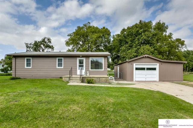 24224 Laurel Avenue, Valley, NE 68064 (MLS #21816998) :: Nebraska Home Sales