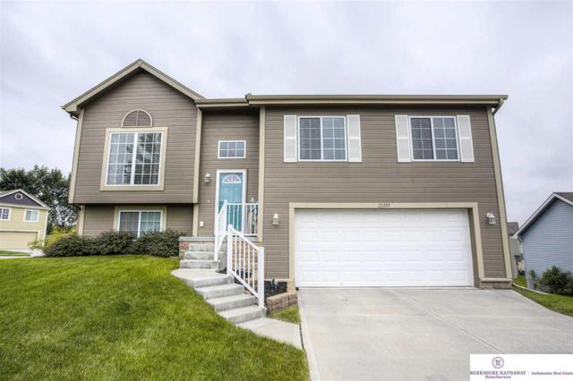 21105 Paradise Drive, Gretna, NE 68028 (MLS #21817004) :: Complete Real Estate Group