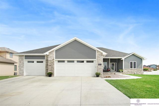 6629 Ridgewood Drive, Papillion, NE 68133 (MLS #21817602) :: The Briley Team