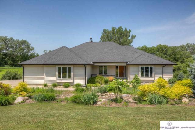 6852 Eagle Crest Lane, Fort Calhoun, NE 68023 (MLS #21817701) :: Complete Real Estate Group
