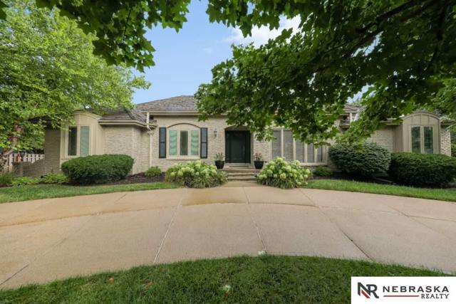 9926 Devonshire Drive, Omaha, NE 68114 (MLS #21818148) :: Complete Real Estate Group