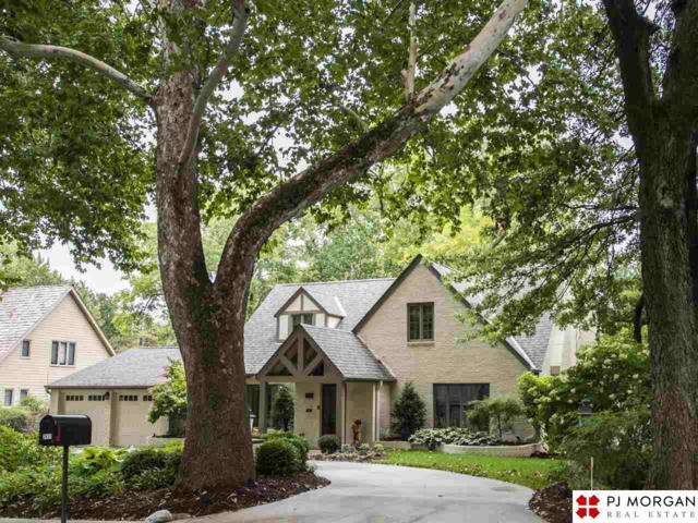 2411 S 102nd Street, Omaha, NE 68124 (MLS #21818290) :: Complete Real Estate Group