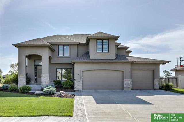 12536 S 81st Avenue, Papillion, NE 68046 (MLS #21818576) :: Complete Real Estate Group