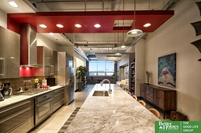 1502 Jones Street #304, Omaha, NE 68102 (MLS #21818695) :: Omaha's Elite Real Estate Group