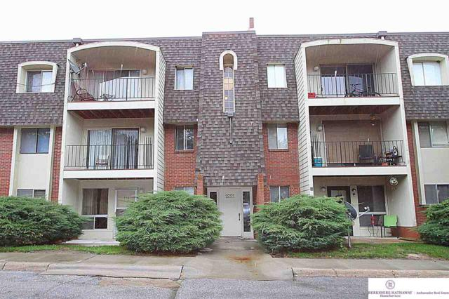 1221 S 121 Plaza #113, Omaha, NE 68144 (MLS #21818823) :: Complete Real Estate Group