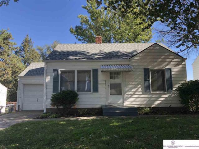 6107 S 33rd Avenue, Omaha, NE 68107 (MLS #21819055) :: Omaha's Elite Real Estate Group