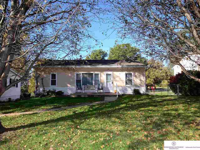 7814 North Ridge Drive, Omaha, NE 68112 (MLS #21819248) :: Complete Real Estate Group