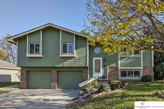 7833 La Vista Drive, La Vista, NE 68128 (MLS #21819474) :: Omaha's Elite Real Estate Group