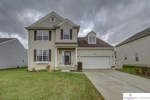 2207 Walnut Creek Drive, Papillion, NE 68046 (MLS #21820120) :: Omaha's Elite Real Estate Group