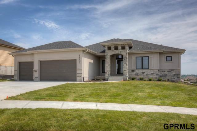 12927 Reynolds Street, Omaha, NE 68142 (MLS #21820203) :: Complete Real Estate Group