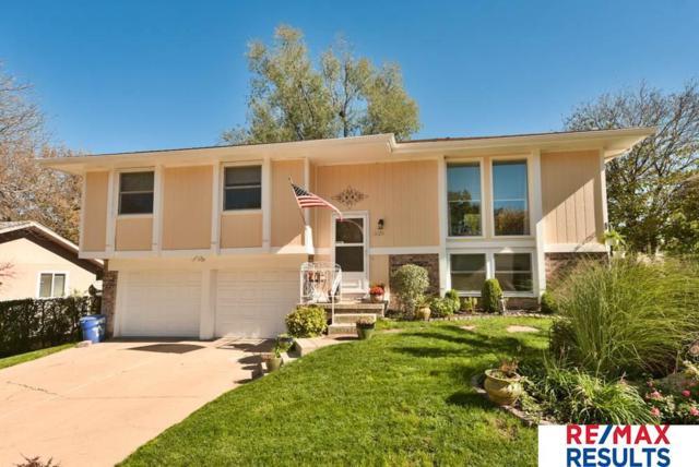 13125 Burdette Circle, Omaha, NE 68164 (MLS #21820789) :: Nebraska Home Sales
