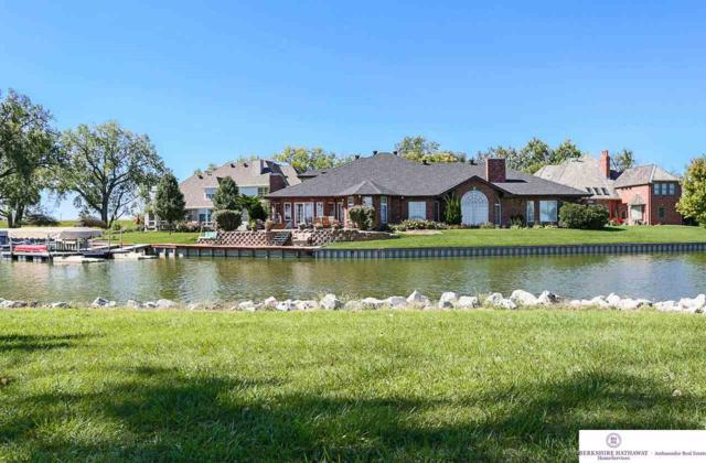 24 Westlake Village, Council Bluffs, IA 51501 (MLS #21820867) :: Nebraska Home Sales