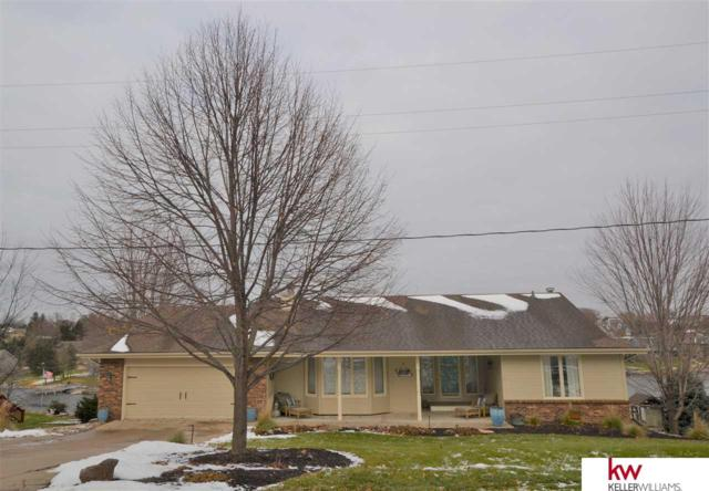 820 Beaver Lake Boulevard, Plattsmouth, NE 68048 (MLS #21820937) :: The Briley Team