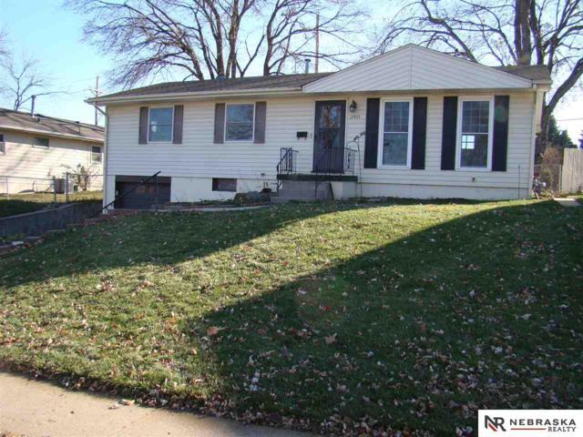 13915 Weir Street, Omaha, NE 68137 (MLS #21820995) :: The Briley Team