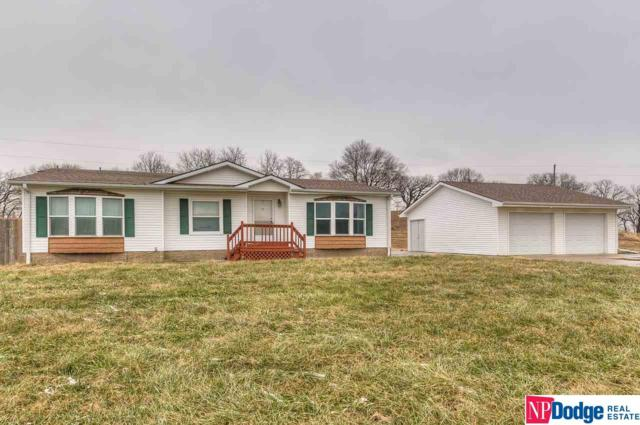 4420 Clausen Lane, Fort Calhoun, NE 68023 (MLS #21821398) :: The Briley Team