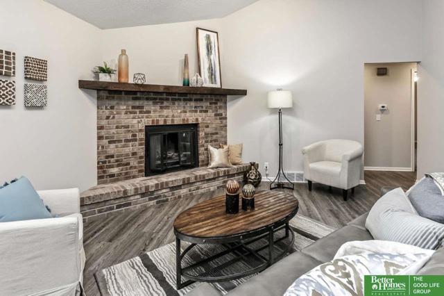 1320 S 163rd Street, Omaha, NE 68130 (MLS #21821663) :: Nebraska Home Sales