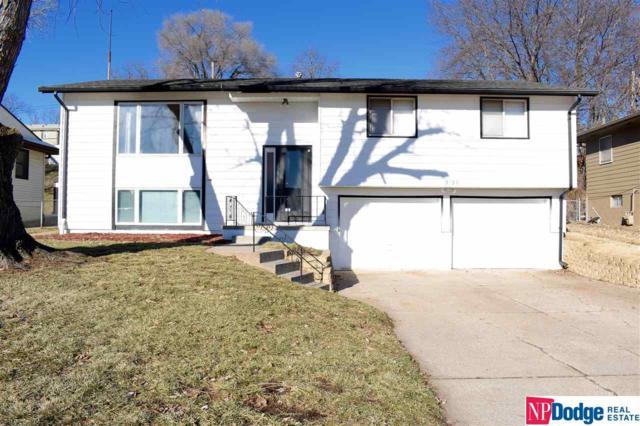 9106 Larimore Avenue, Omaha, NE 68134 (MLS #21821908) :: Complete Real Estate Group