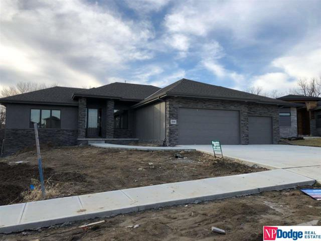 2540 N 187th Circle, Elkhorn, NE 68022 (MLS #21821921) :: The Briley Team
