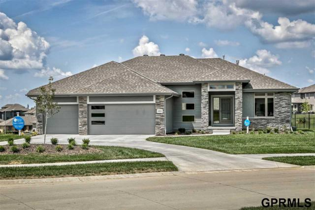 4004 N 189 Street, Elkhorn, NE 68022 (MLS #21822230) :: Omaha Real Estate Group