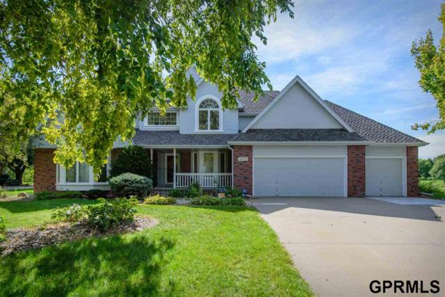 805 Western Hills Drive, Papillion, NE 68046 (MLS #21900163) :: Cindy Andrew Group