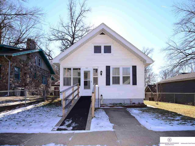 527 Roosevelt Avenue, Council Bluffs, IA 51503 (MLS #21900173) :: The Briley Team