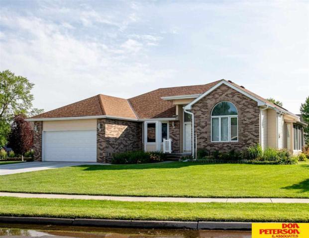720 N Day Drive, Fremont, NE 68025 (MLS #21900213) :: Nebraska Home Sales