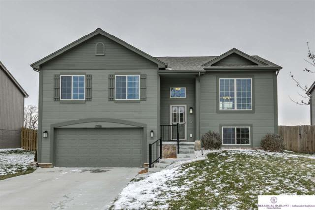 13906 S 42nd Avenue, Bellevue, NE 68123 (MLS #21900486) :: The Briley Team