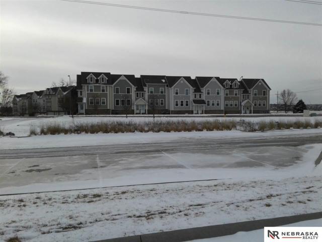 6037 N 167 Court, Omaha, NE 68116 (MLS #21900882) :: Omaha Real Estate Group