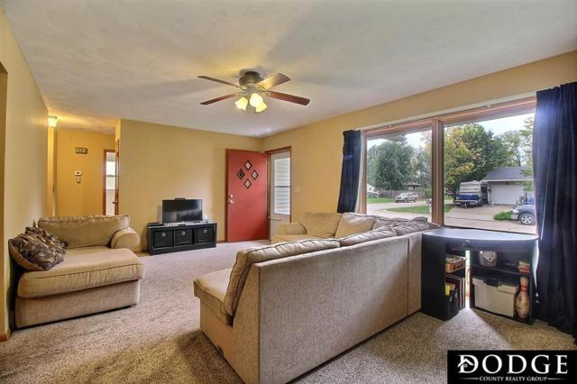 1824 N Mayfair Avenue, Fremont, NE 68025 (MLS #21900944) :: Omaha's Elite Real Estate Group