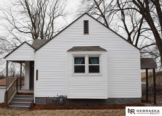 303 W 19th Avenue, Bellevue, NE 68005 (MLS #21900958) :: Complete Real Estate Group
